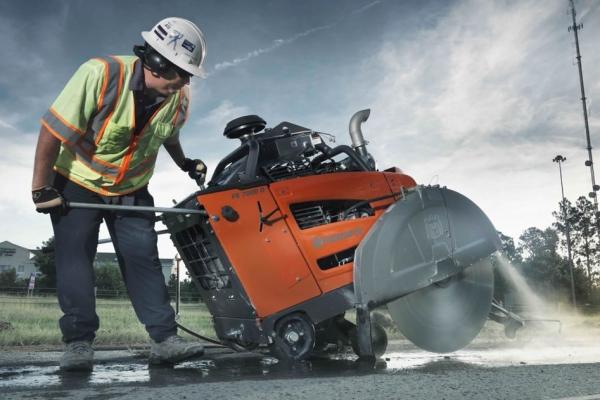 road-saws-concrete-cutting983E5A58-CE5E-8516-B67F-816F800B8713.jpg